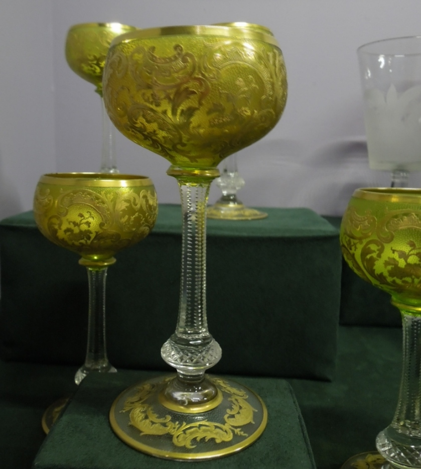 Each guest received a set of ten wine glasses to take home.