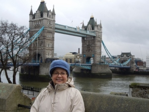 What fun to suddenly come upon something you've never seen, yet it's familiar. Me at the Tower Bridge.