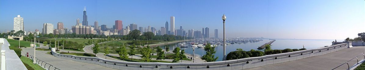 1200px-Chicago_Downtown_Panorama