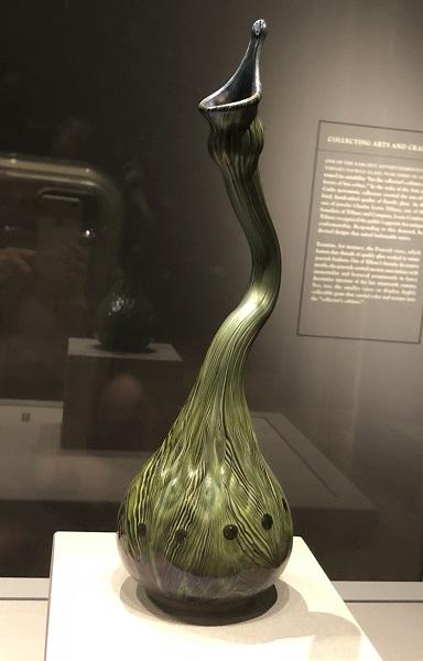 Tiffany's Favrile Glass Vases at the Huntington 002