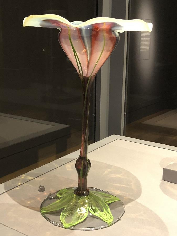 Tiffany's Favrile Glass Vases at the Huntington 005